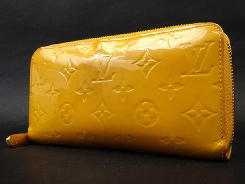 Louis Vuitton Jaune Passion Monogram Vernis Zippy wallet 216304