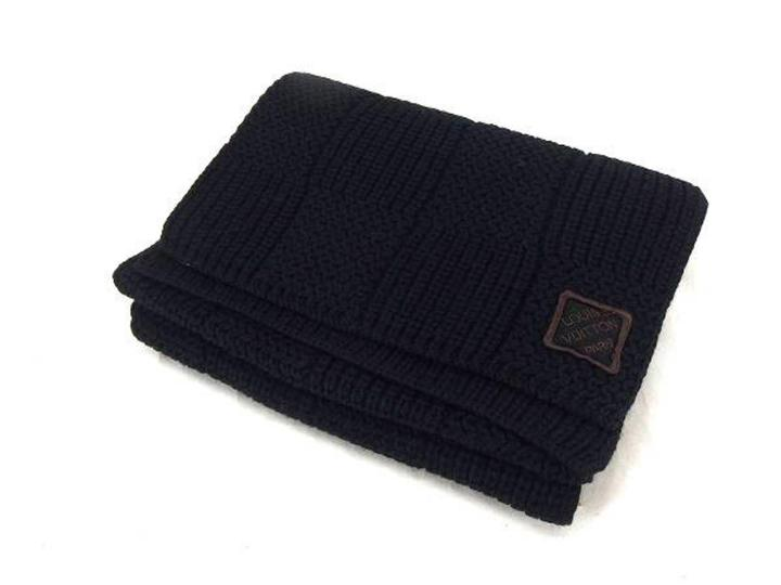 Louis Vuitton Black Knitted Damier 225006 Scarf/Wrap