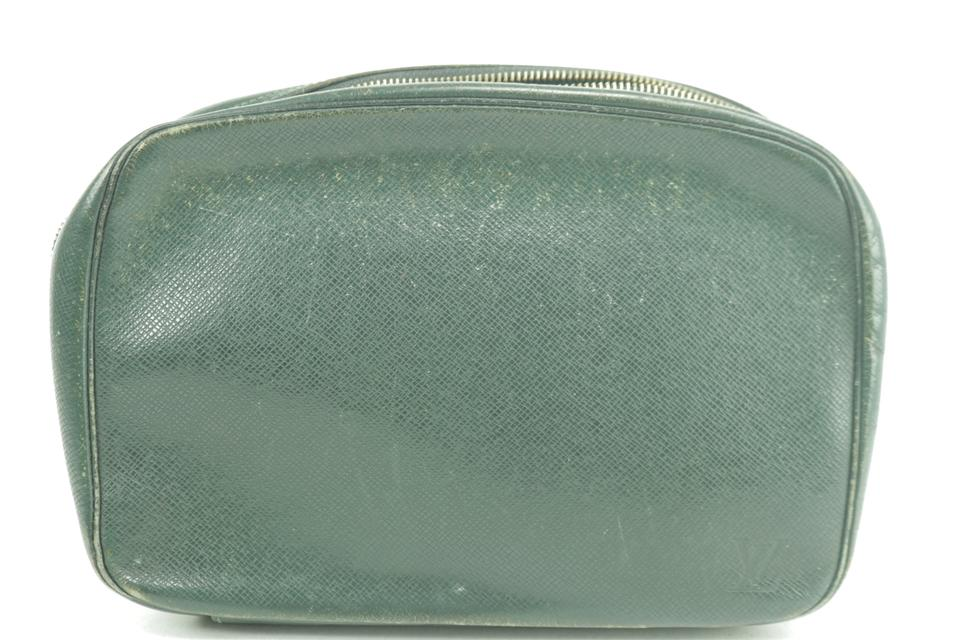 Louis Vuitton Trousse Toilery Pouch GM Taiga Leather Green 232555
