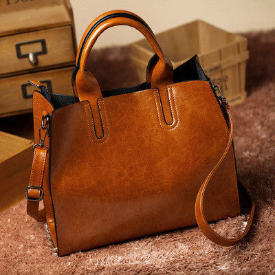 Women Oil Wax Leather Shoulder Handbag