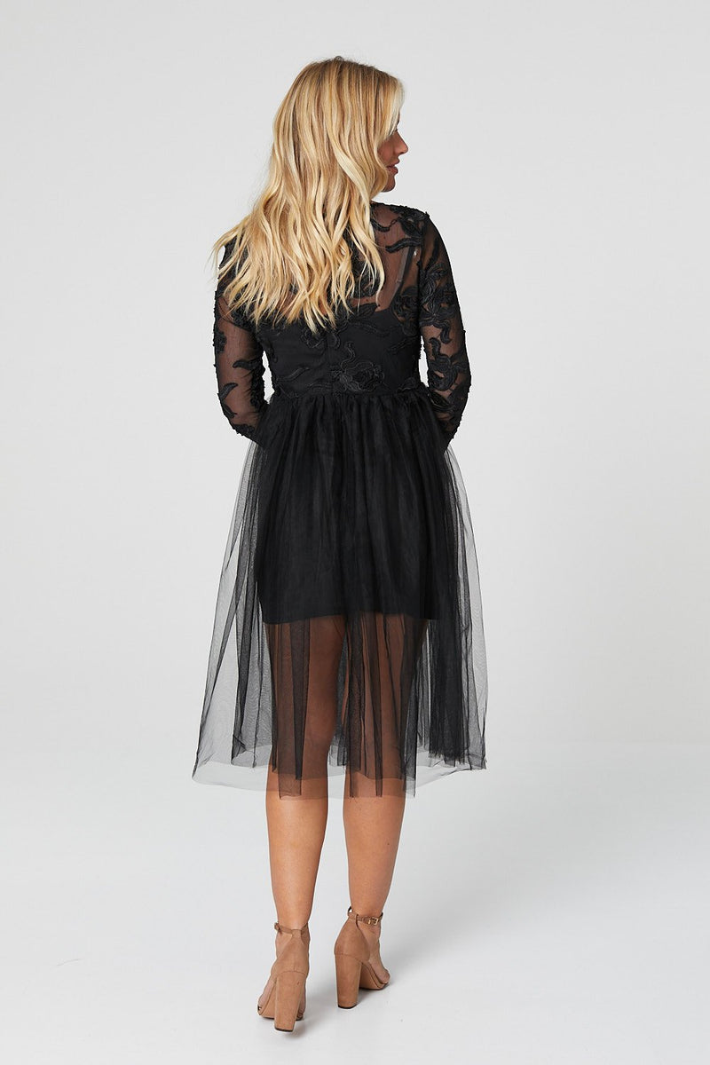Black | Lace Embroidery Midi Dress