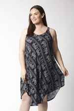 Curve Elephant Dress - Izabel London