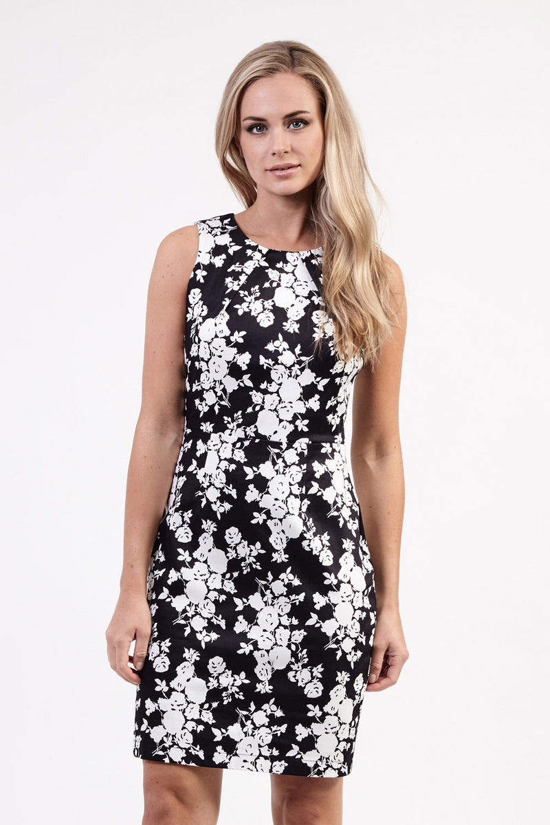 Black | Floral Shift Dress | Izabel London