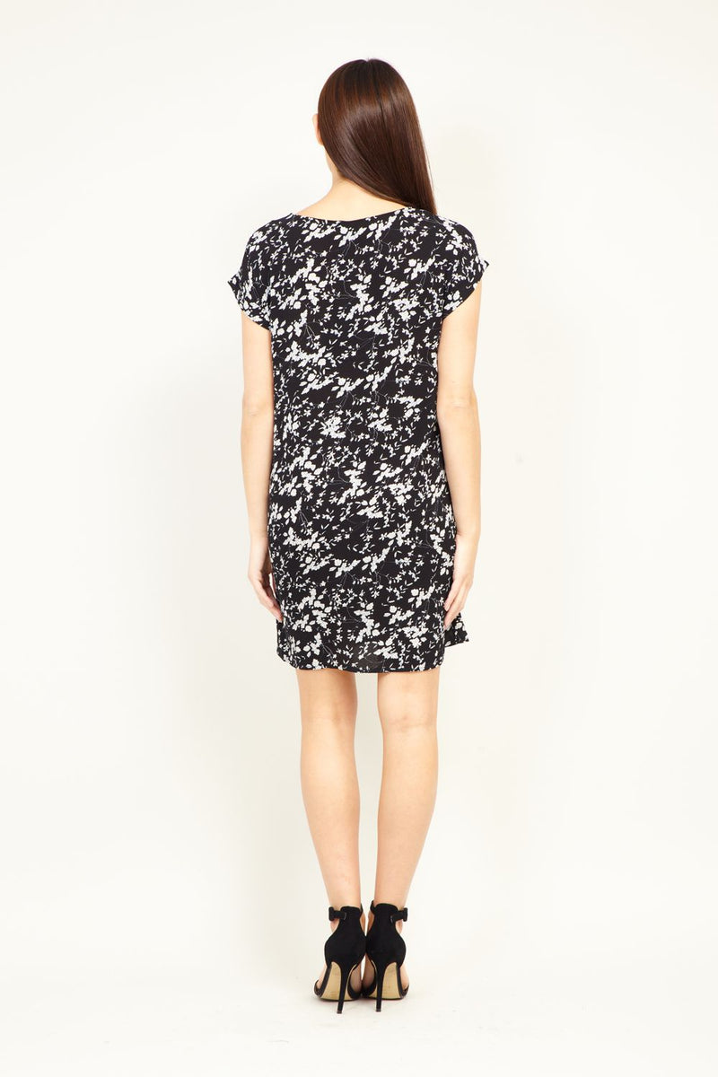 Ditsy Floral Shift  Dress - Izabel London