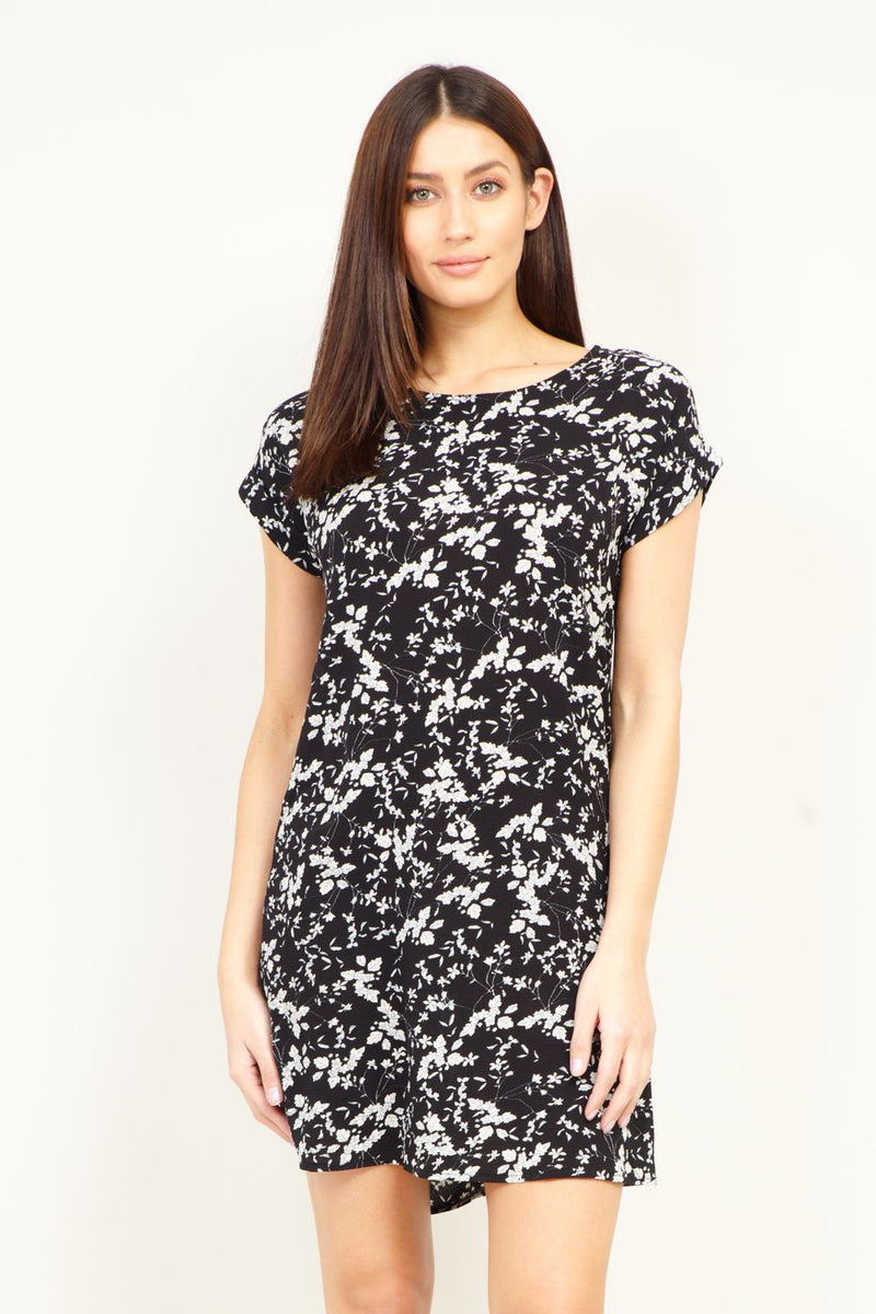 Black | Ditsy Floral Shift  Dress | Izabel London