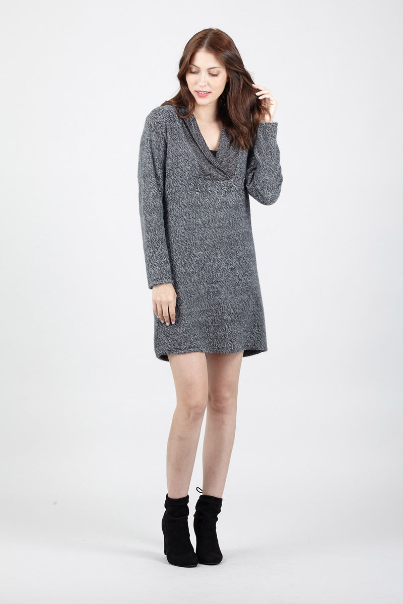 Contrast Neck Jumper Dress - Izabel London