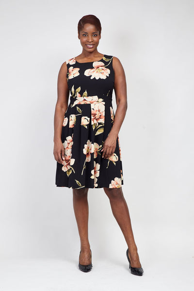 Black | Curve Floral Fit & Flare Dress | Izabel London