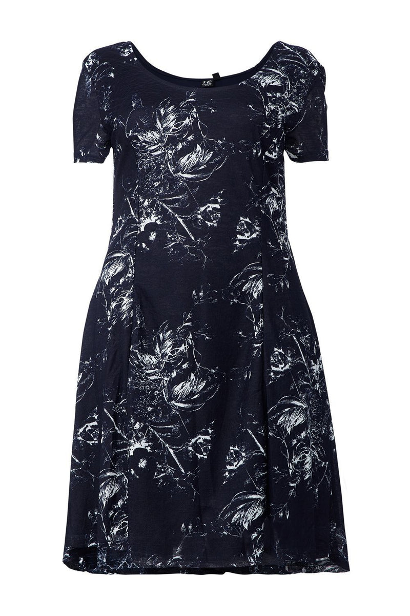 Curve Floral Print Tea Dress - Izabel London