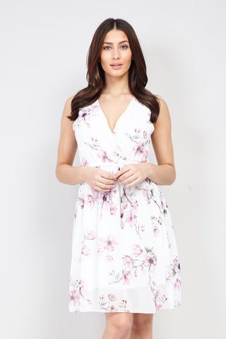 Ditsy Floral Lace Shift Dress