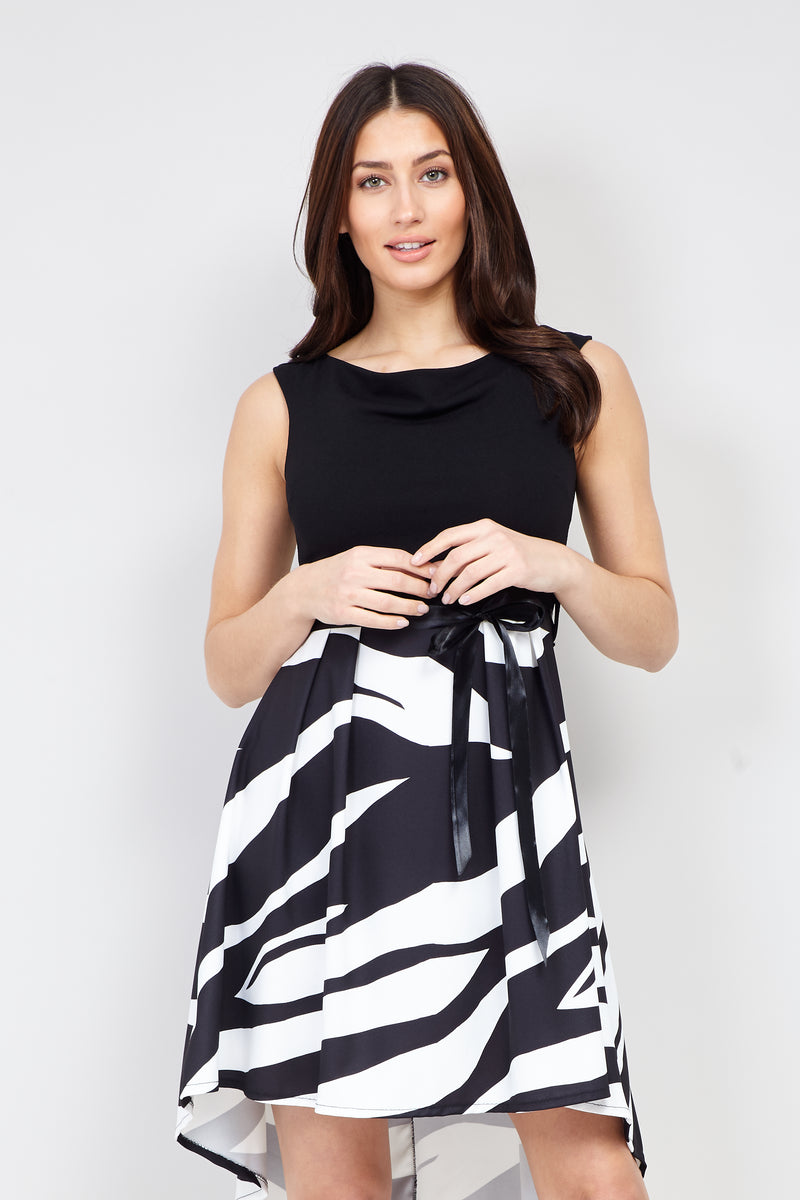 Black | Abstract Print Skater Dress