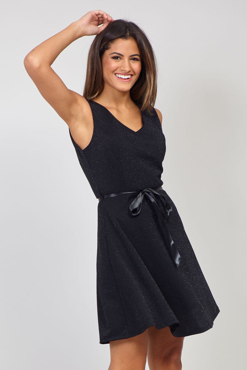 Black | Sleeveless Tie Waist Skater Dress