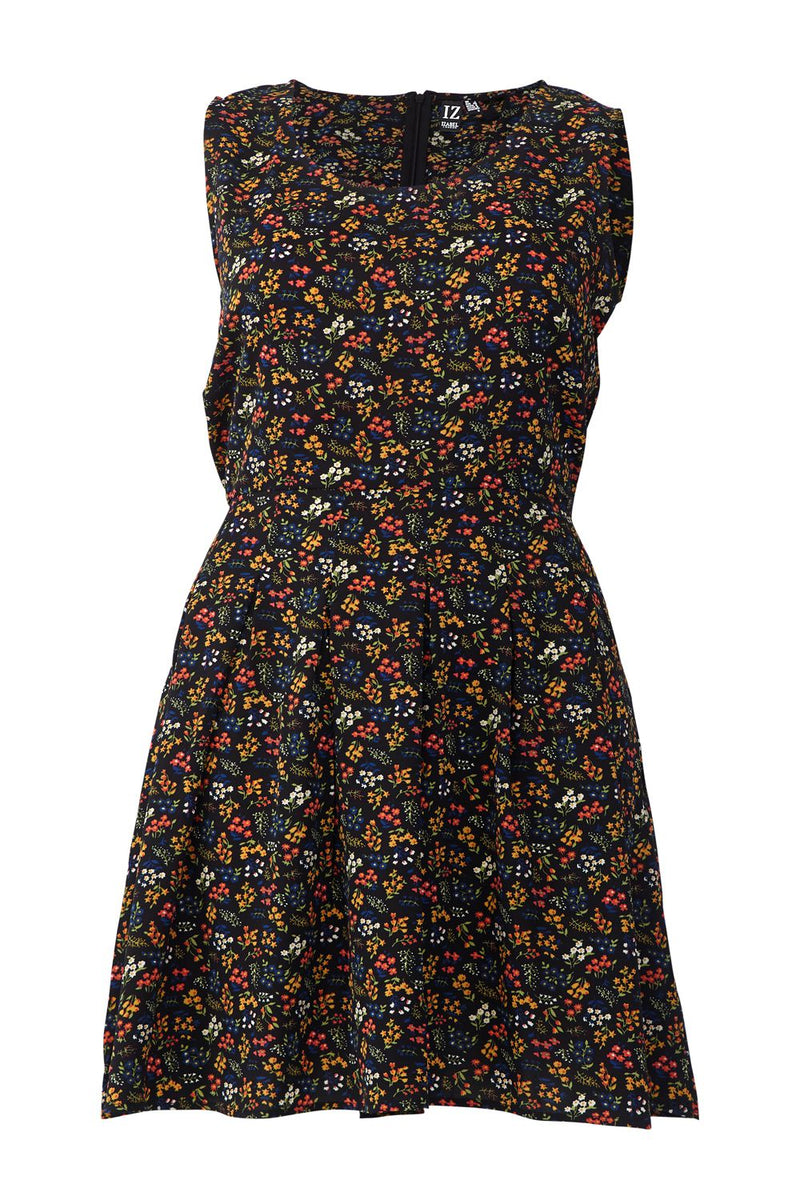 Black | Curve Ditsy Floral Pleated Skater Dress