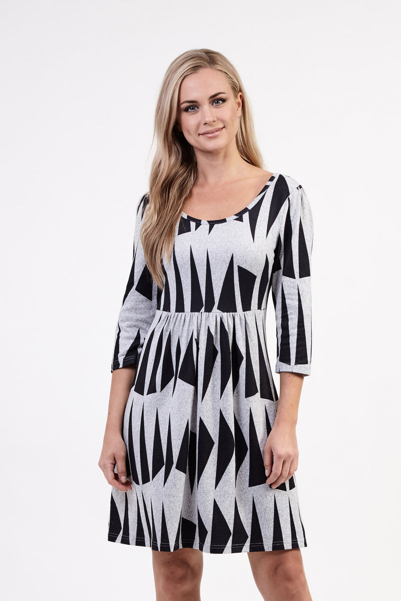 Mono Tunic Dress - Izabel London