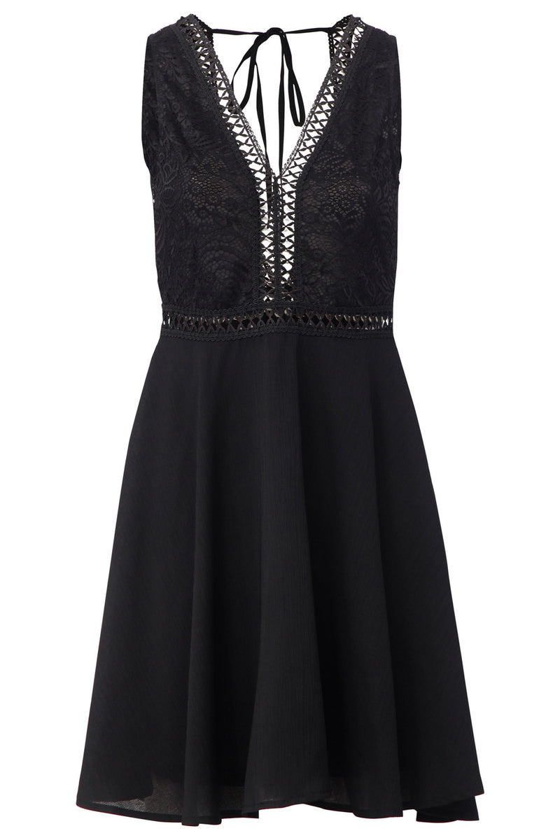 Black | Keyhole Back Lace Skater Dress