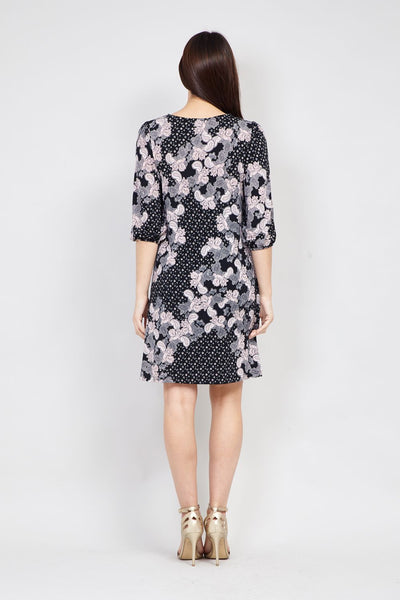 Black | Paisley Print Shift Dress