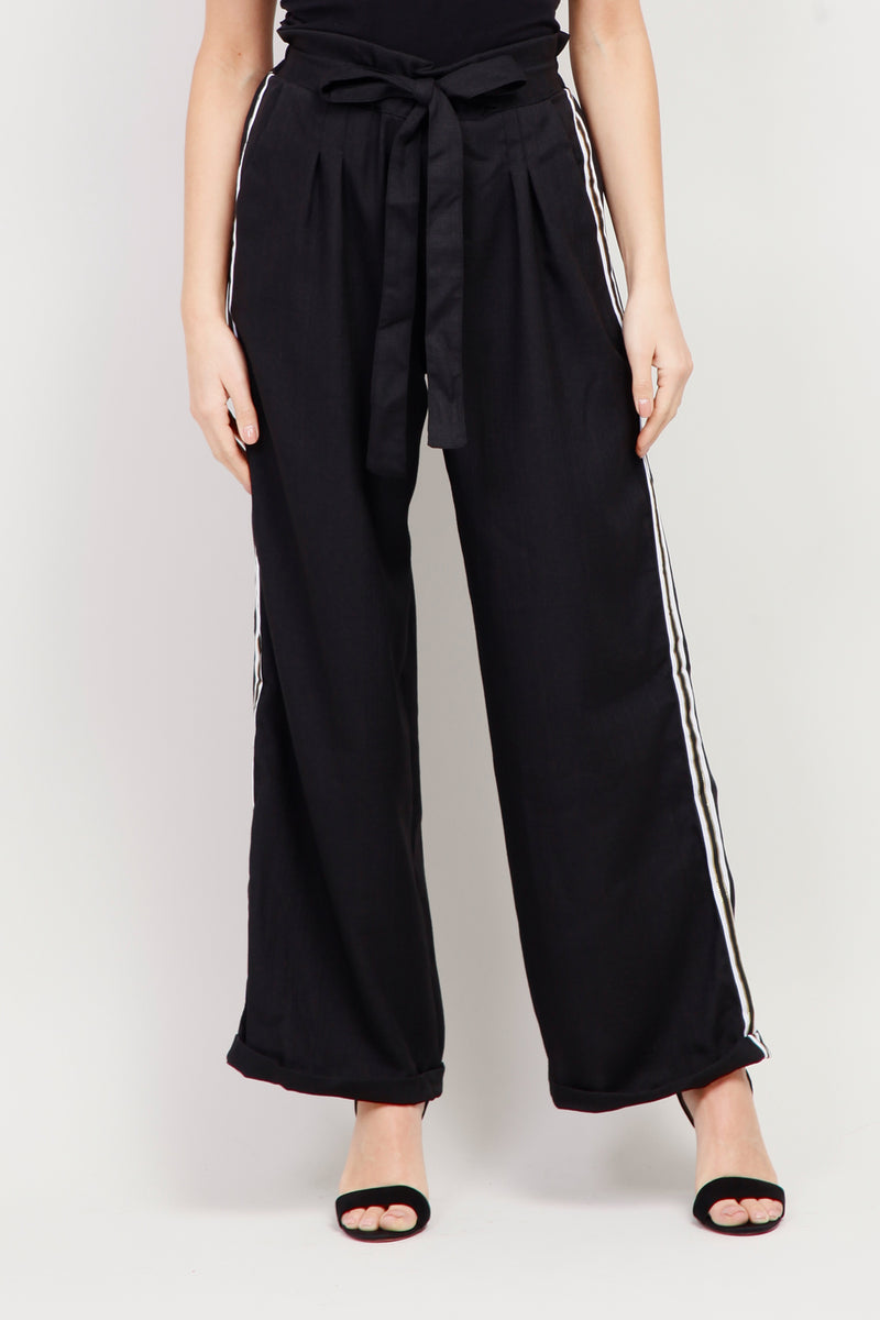 Black | Tie Waist Cropped Trousers
