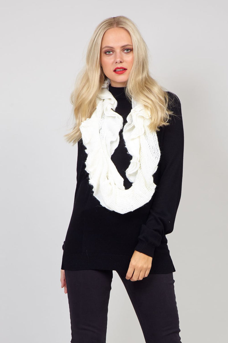 White | Chunky Knit Frilled Snood