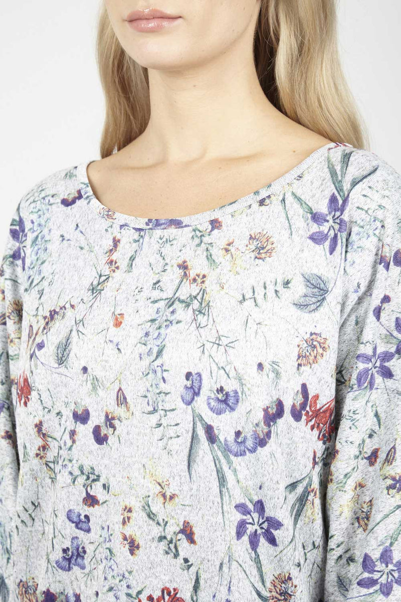 Grey | Floral Dip Hem Top