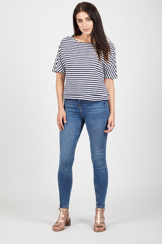 Curve Striped Crop Trousers