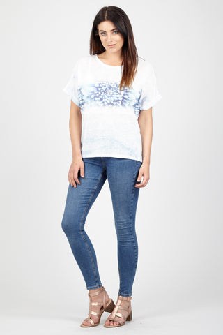 Curve Swallow Print T-Shirt