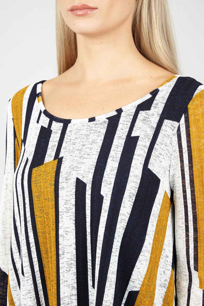 Geo Oversized Top - Izabel London