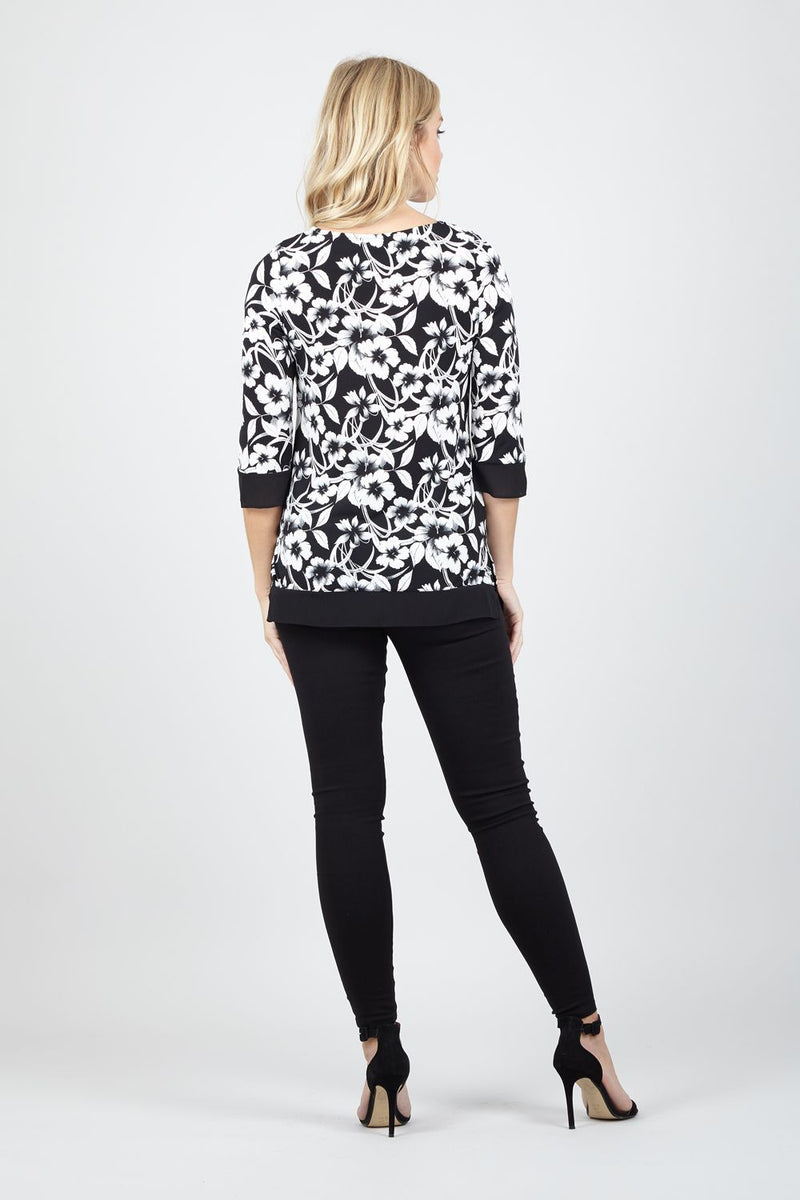 Black And White | Floral Contrast Hem Top
