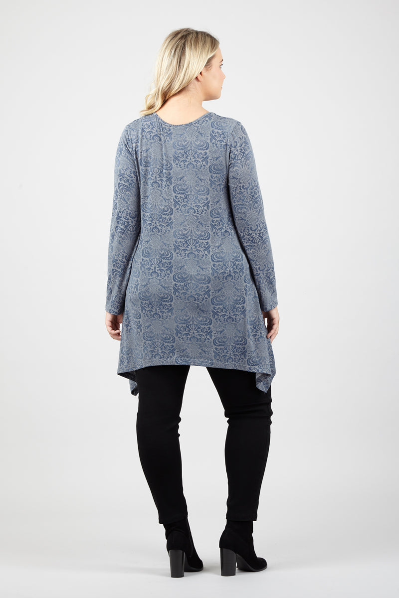 Curve Paisley Print Swing Top - Izabel London