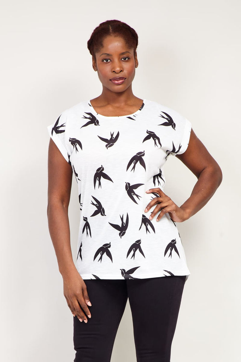 Curve Swallow Print T-Shirt - Izabel London