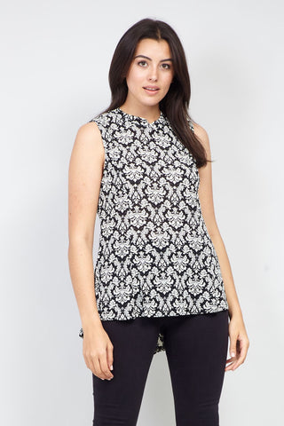 Curve Relaxed Round Neck T-Shirt