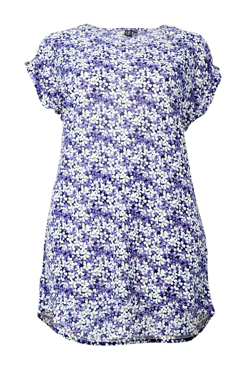 Curve Ditsy Floral Casual T-Shirt - Izabel London