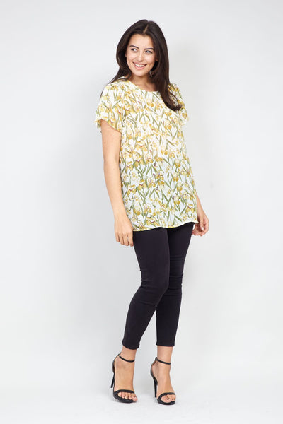 | Curve Spring Floral T-Shirt | Izabel London