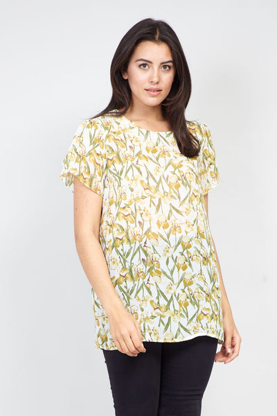 White | Curve Spring Floral T-Shirt | Izabel London