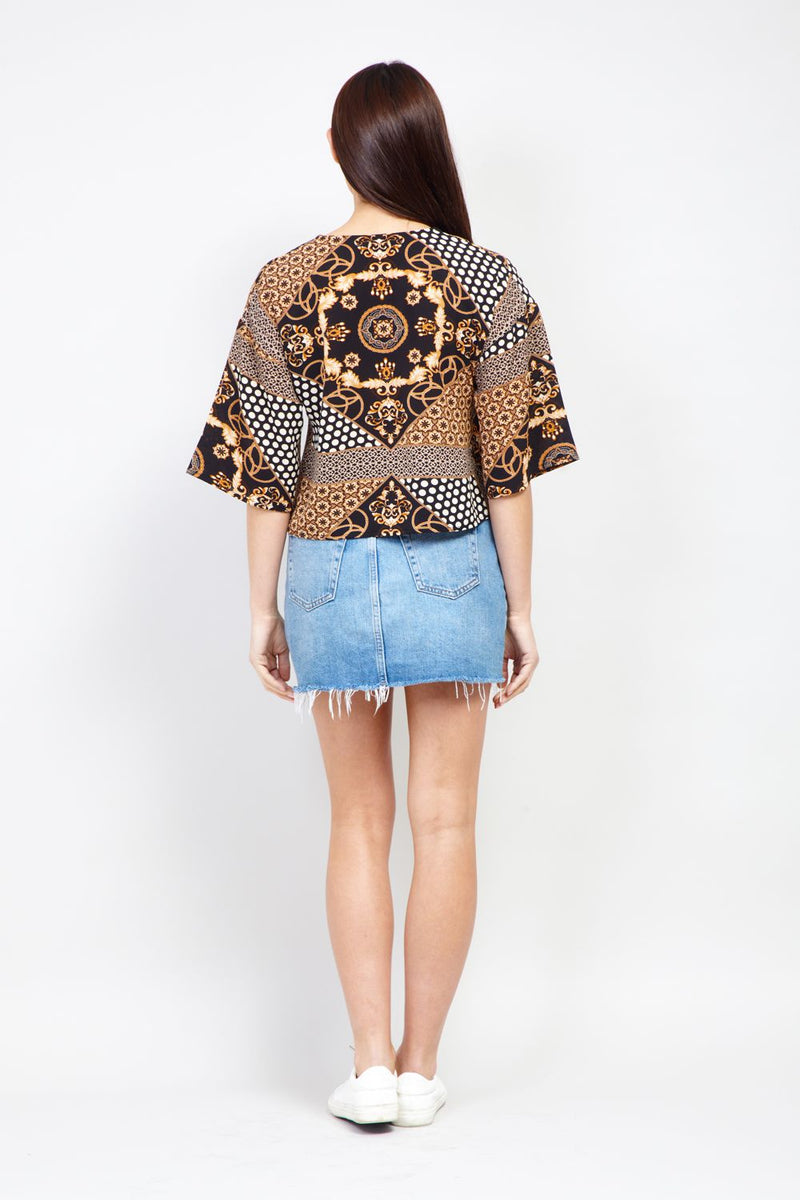 Black | Scarf Print Cropped Shirt