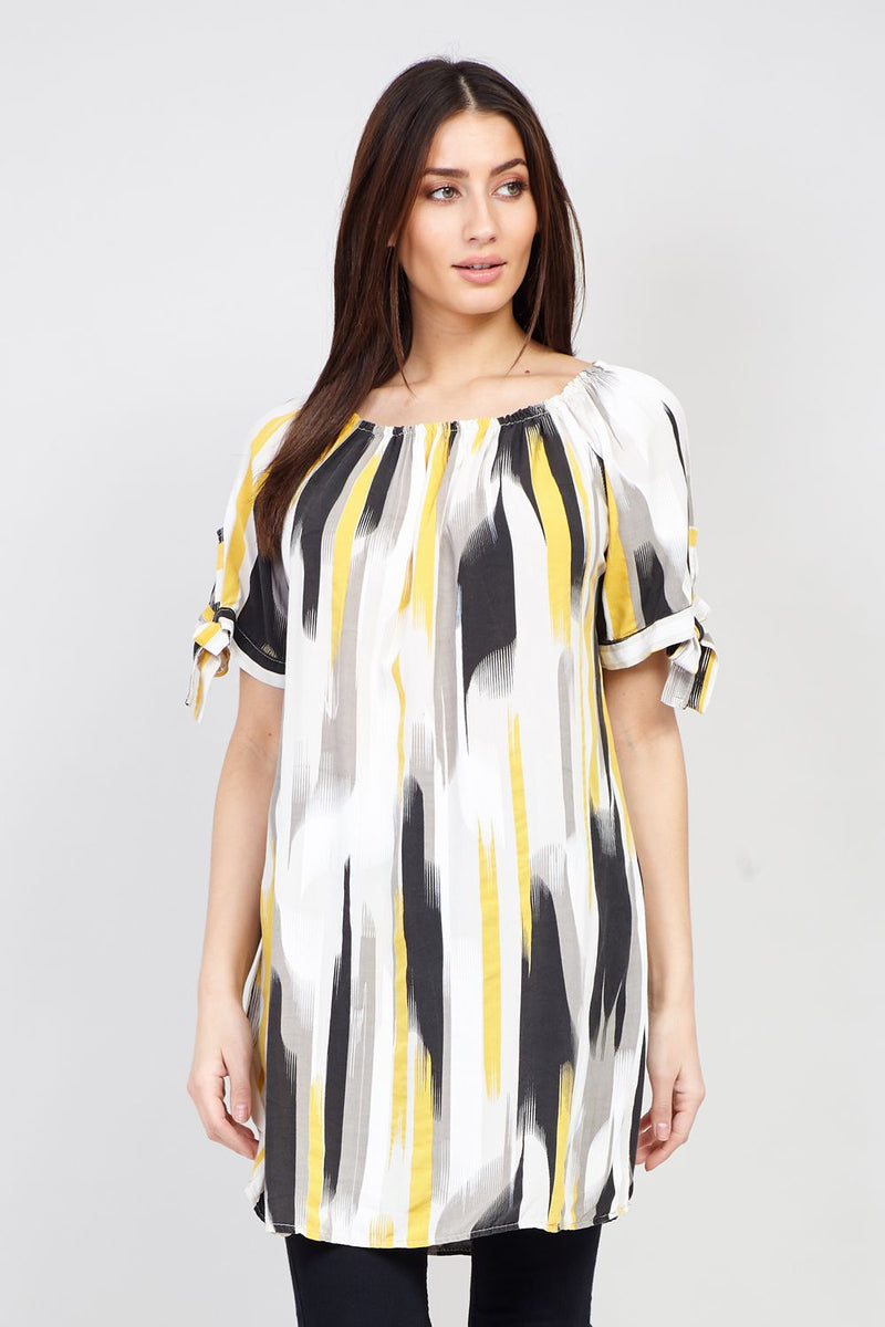 5e1e421d0aeab9 Abstract Print Longline Top - Izabel London