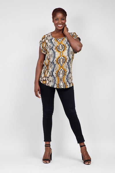 | Curve Snake Print Boxy Top | Izabel London