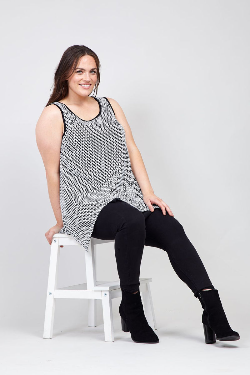 Black And White | Layered Hanky Hem Vest