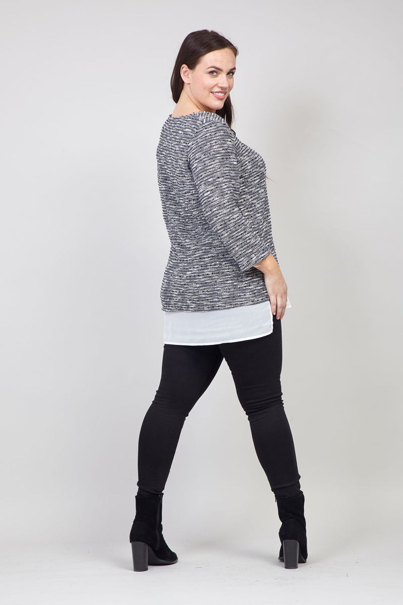 Grey | Curve Contrast Hem Knit Top