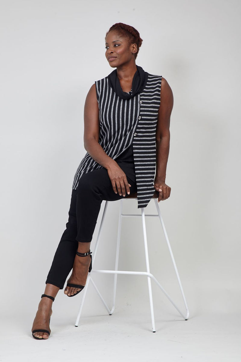 Black | Curve Striped Knit Tunic Top