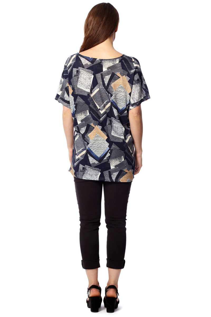 Geo Print Top - Izabel London