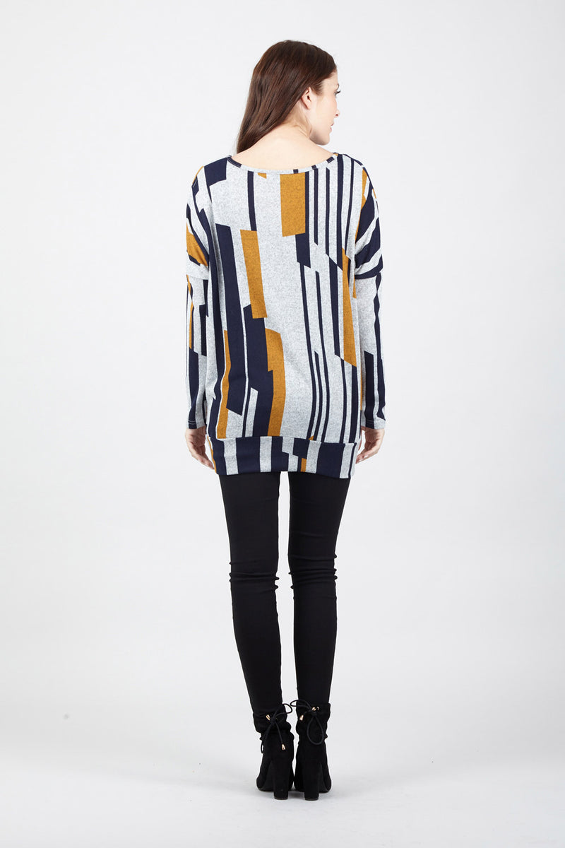 Geo Print Sweater - Izabel London