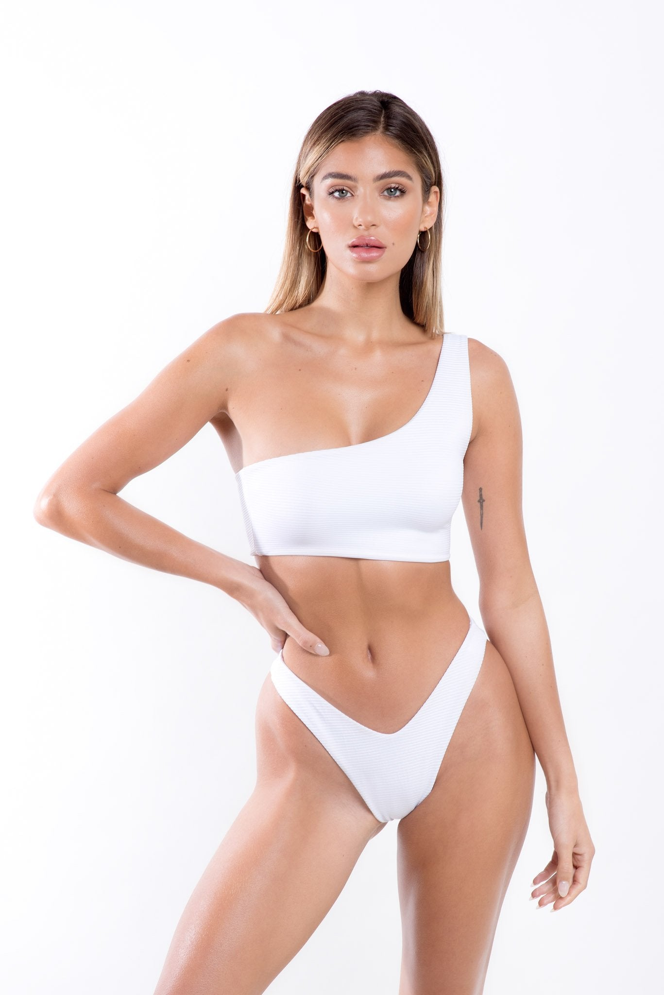 Gigi Top White Rib