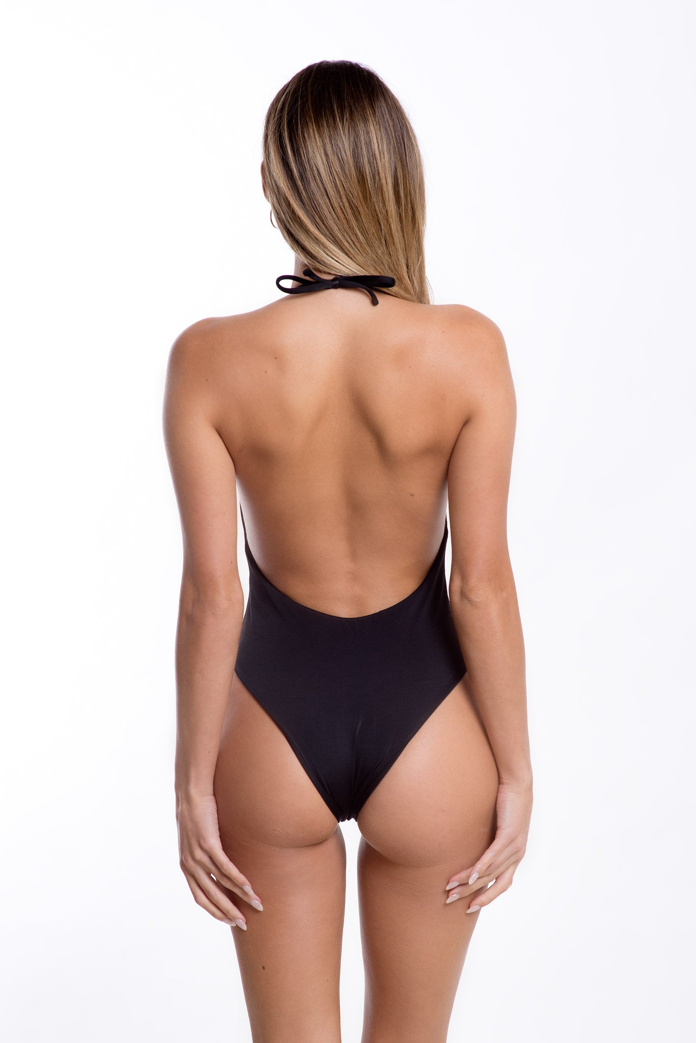 Izabel One Piece Black