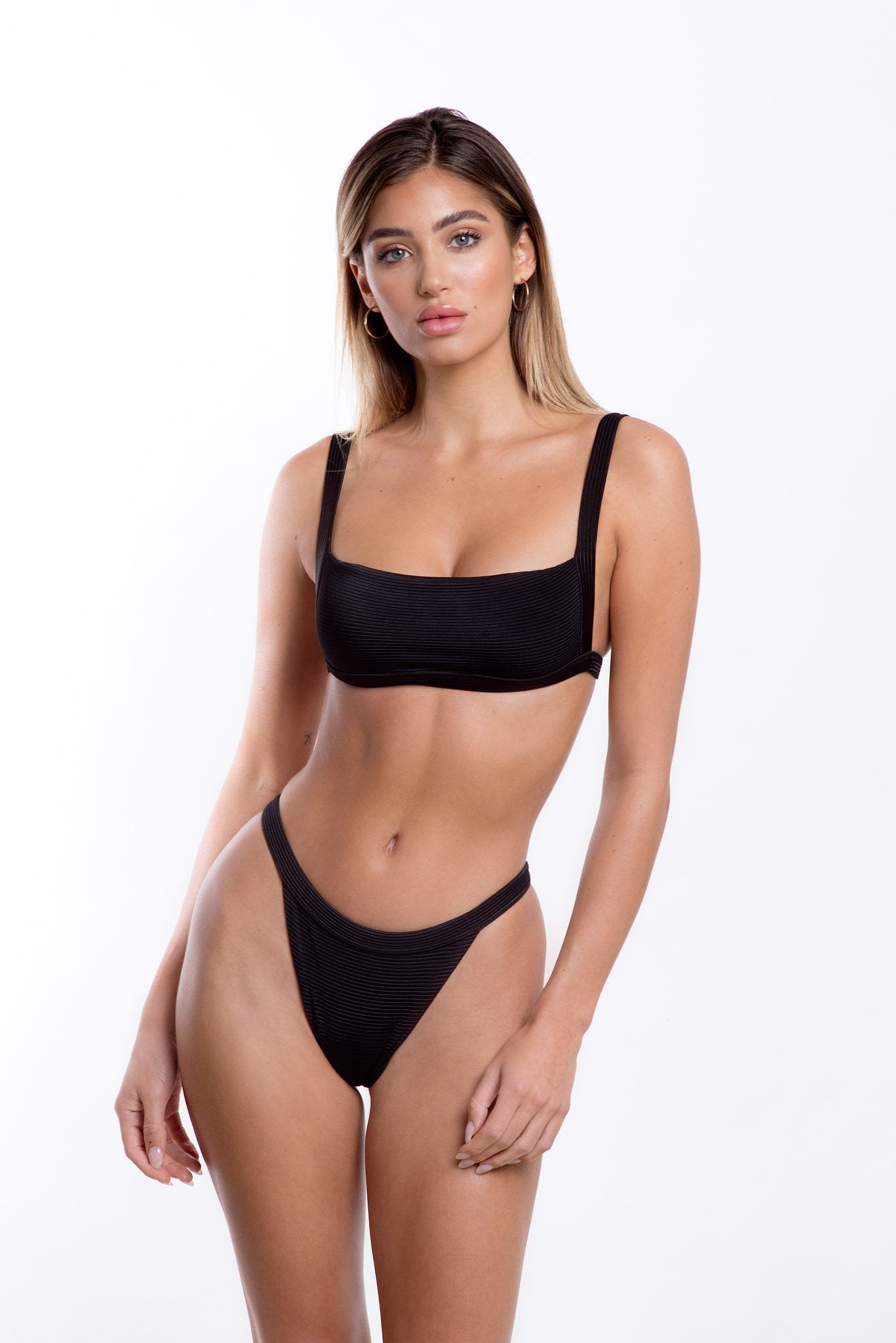 Romee Top Black Rib