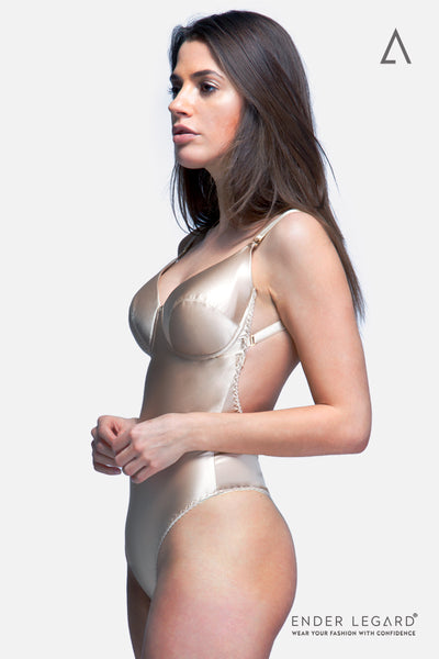 Low back bridal underwear bodysuit in beige silk with full coverage cups for backless wedding dress | ENDER LEGARD