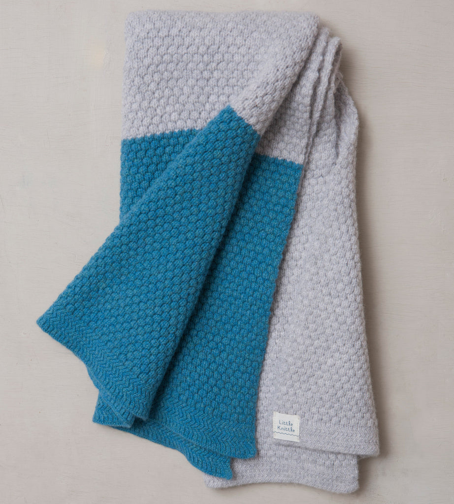 Chunky Bramble Blanket, Cloud and Blue - Little Knittle