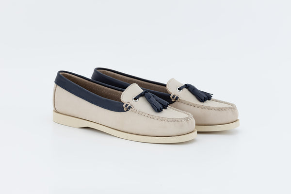 Bayana Venetian Boat Shoe With Tassel Dove-navy