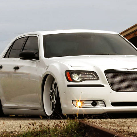 Chrysler 300c with HID lights