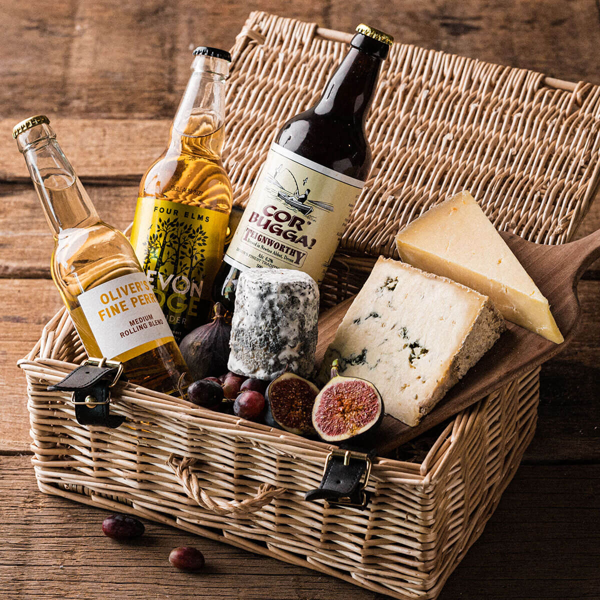 The Cheese Connoisseur Box