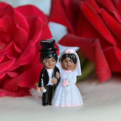 2 Cute Vintage Wedding Bride and Groom Mini Cake Toppers Short Black Hair Top Hat Dark Skin