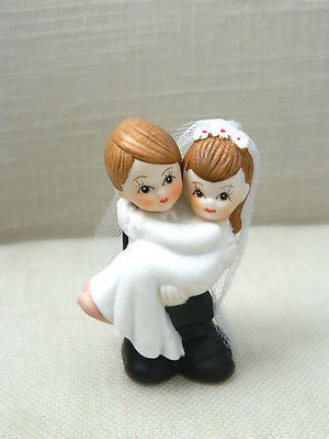 Bride and Groom Cake Topper Crossing Threshold Light Brown Hair with Veil Vintage- Le Petit Pain